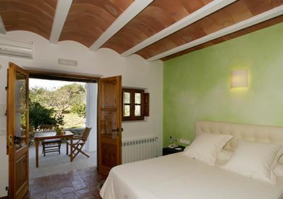 Hotel-Satmetler-Ibiza-Les-Boomeuses