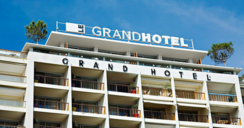 Gags-hoteliers-lesboomeuses