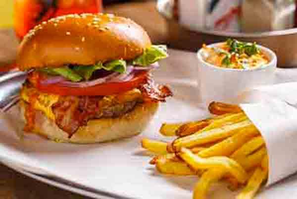 My-burger-cie-Les-boomeuses