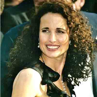 Andie-Mc-Dowell_les-Boomesues