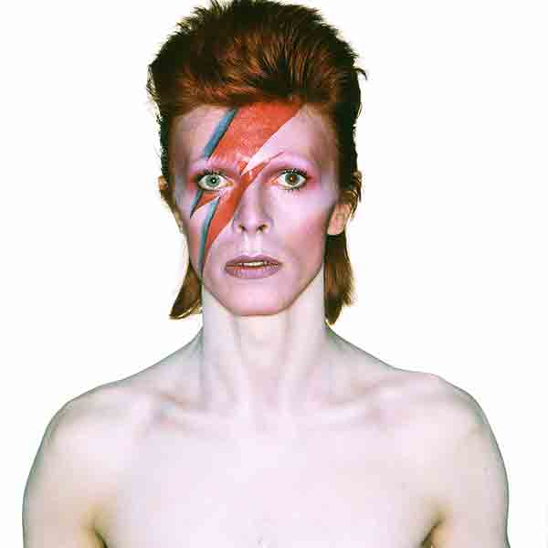 Expo-Bowie-Les-Boomeuses