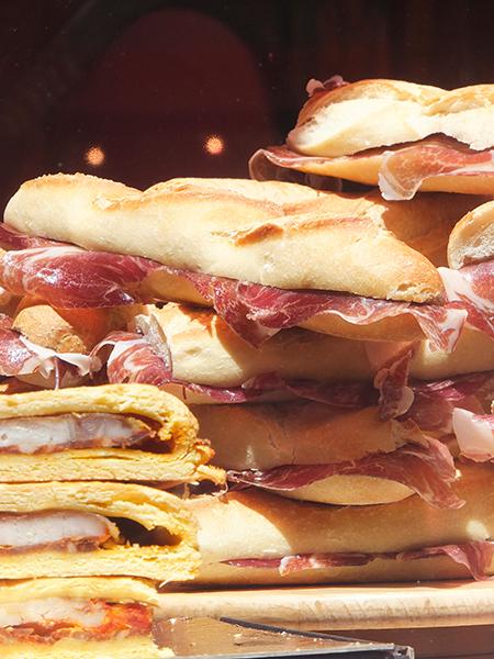 Et un sandwich au jambon de Bayonne