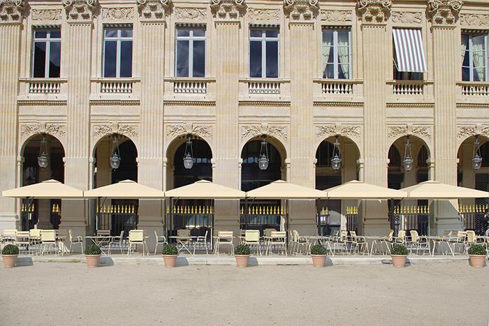 La terrasse du Palais-Royal directement sur le jardin