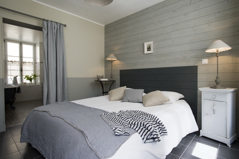 les filles du bord de mer maisons de charme port en. Black Bedroom Furniture Sets. Home Design Ideas