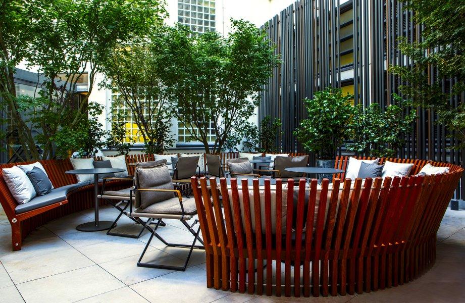 Hotel Le CInq Codet_PAris hotel -terrasse_Les Boomeuses webmagazine_femme-50 ans