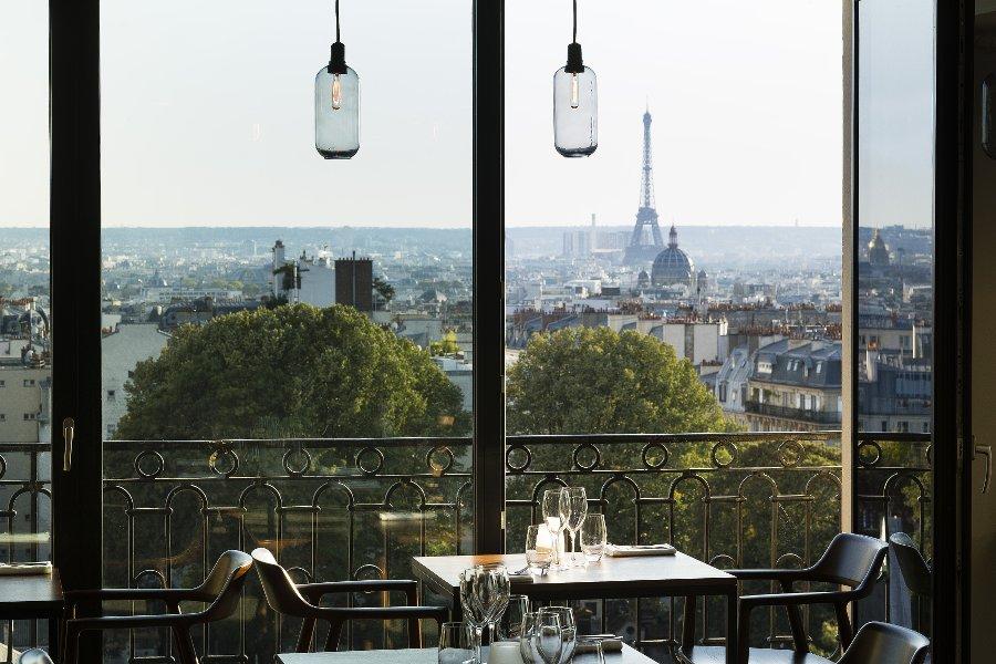 Terrass hotel_Montmartre_Webmagazine les Boomeuses_femme_50 ans