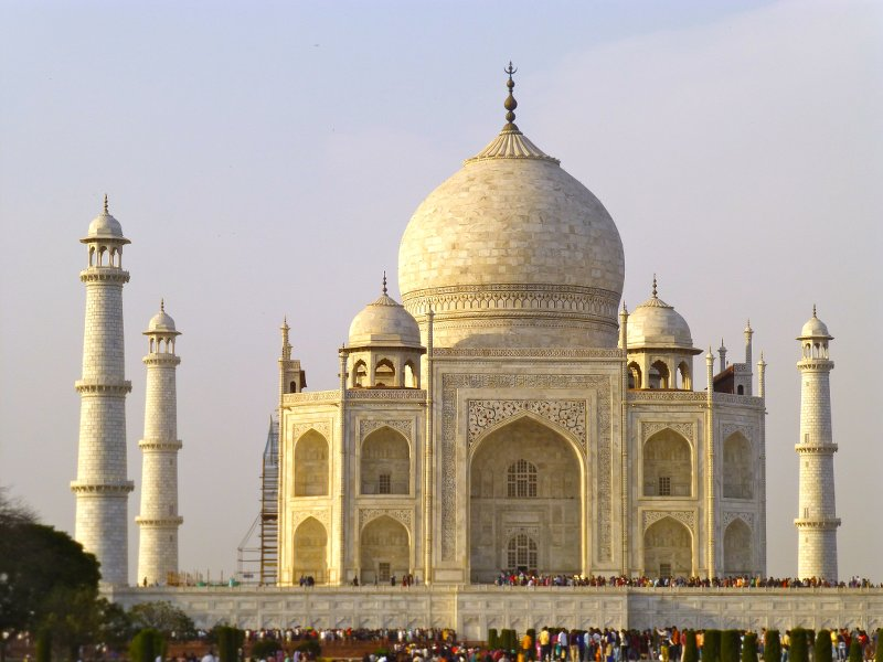 Rajasthan_Le Taj Mahal d'Agra attire les foules © YH.JPG