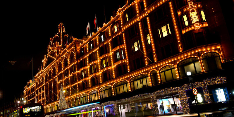 Londres-HArrods--Les-Boomeuses