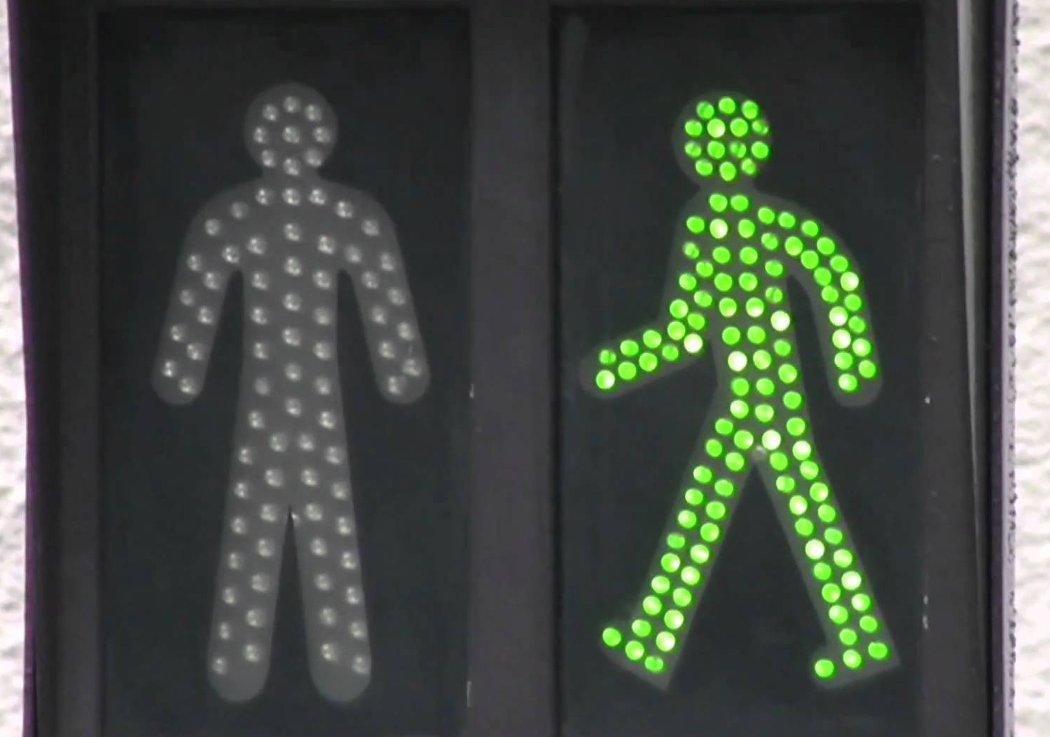 Quel piéton êtes-vous ? les boomeuses-tous pietons-femmes-50 ans-webmagazin-prevention routiere-attitude prevention
