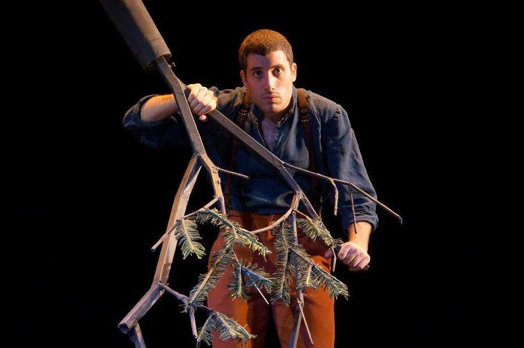 Vipère au poing au théâtre du Ranelagh