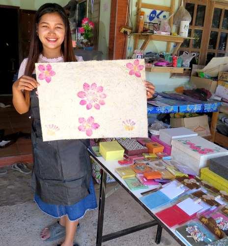 jeune fille thailandaise