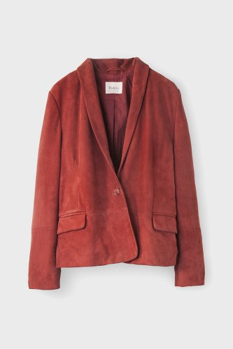 veste en peau couleur épicée