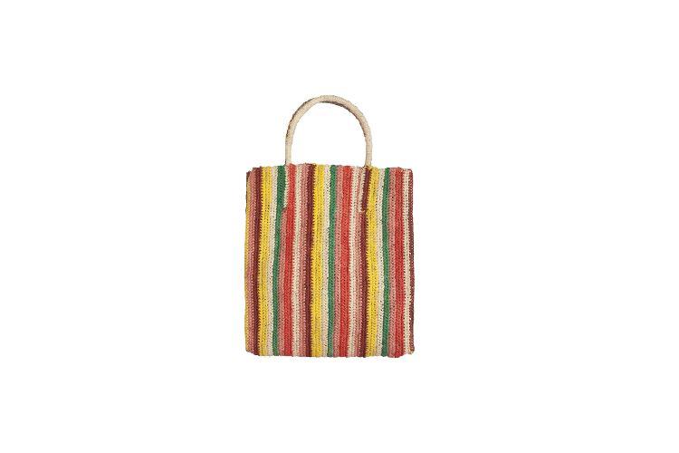sac coloré pour l'été, un de accessoires parfaits
