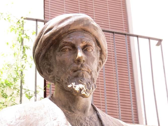 statue de maimonide à Cordoue