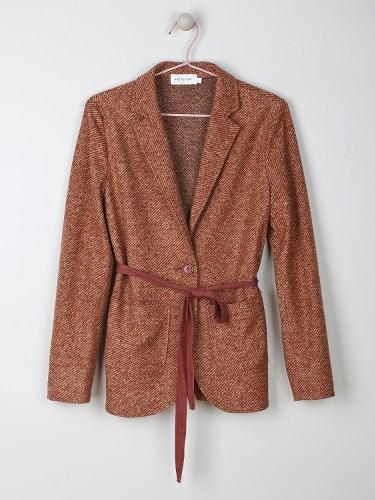 veste en tweed ceinturée