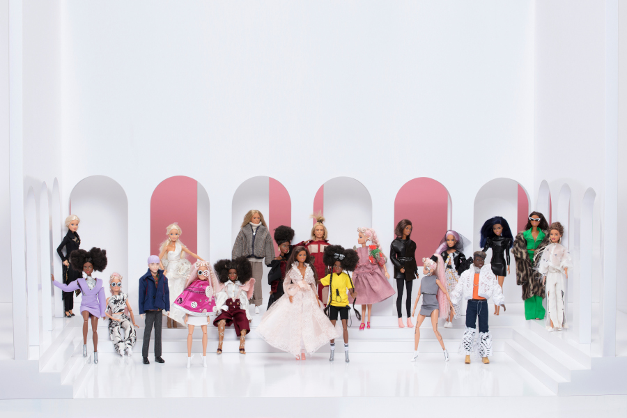 Barbie rhabillée par les étudiants de l'école Esmod